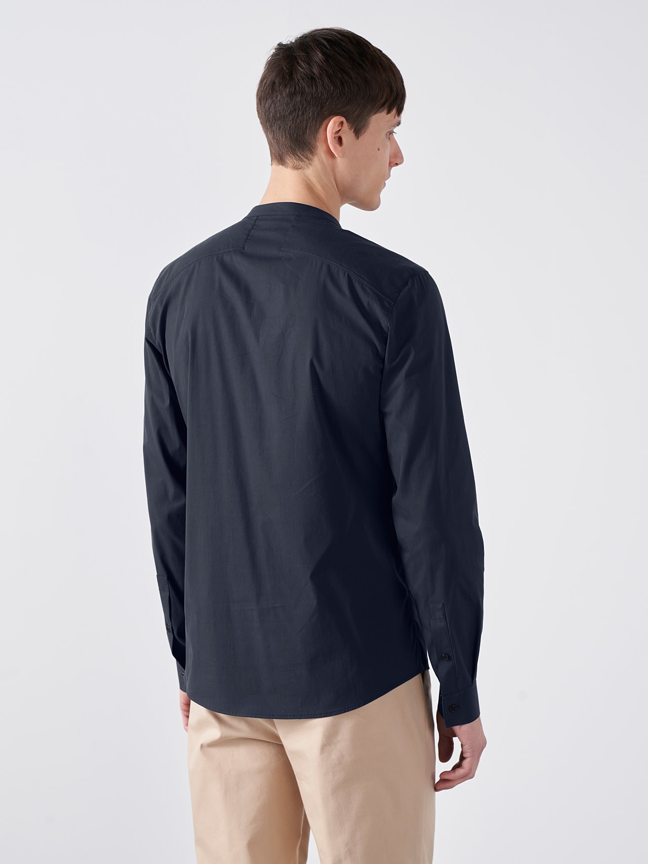 WIDT V9.Y5.01 Stand-Up Collar Cotton-Stretch Shirt navy Front Main Alpha Tauri