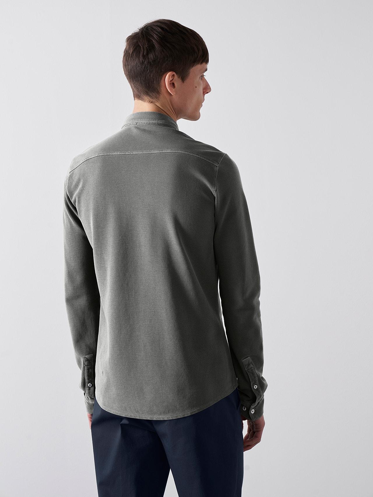 JIQUE V1.Y5.01 Pique Shirt with Kent Collar dark grey / anthracite Front Main Alpha Tauri