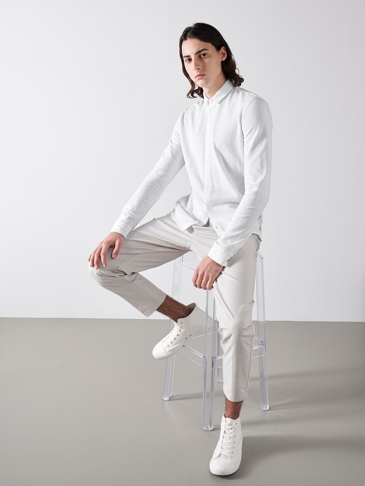 JIQUE V1.Y5.01 Pique Shirt with Kent Collar white Front Alpha Tauri