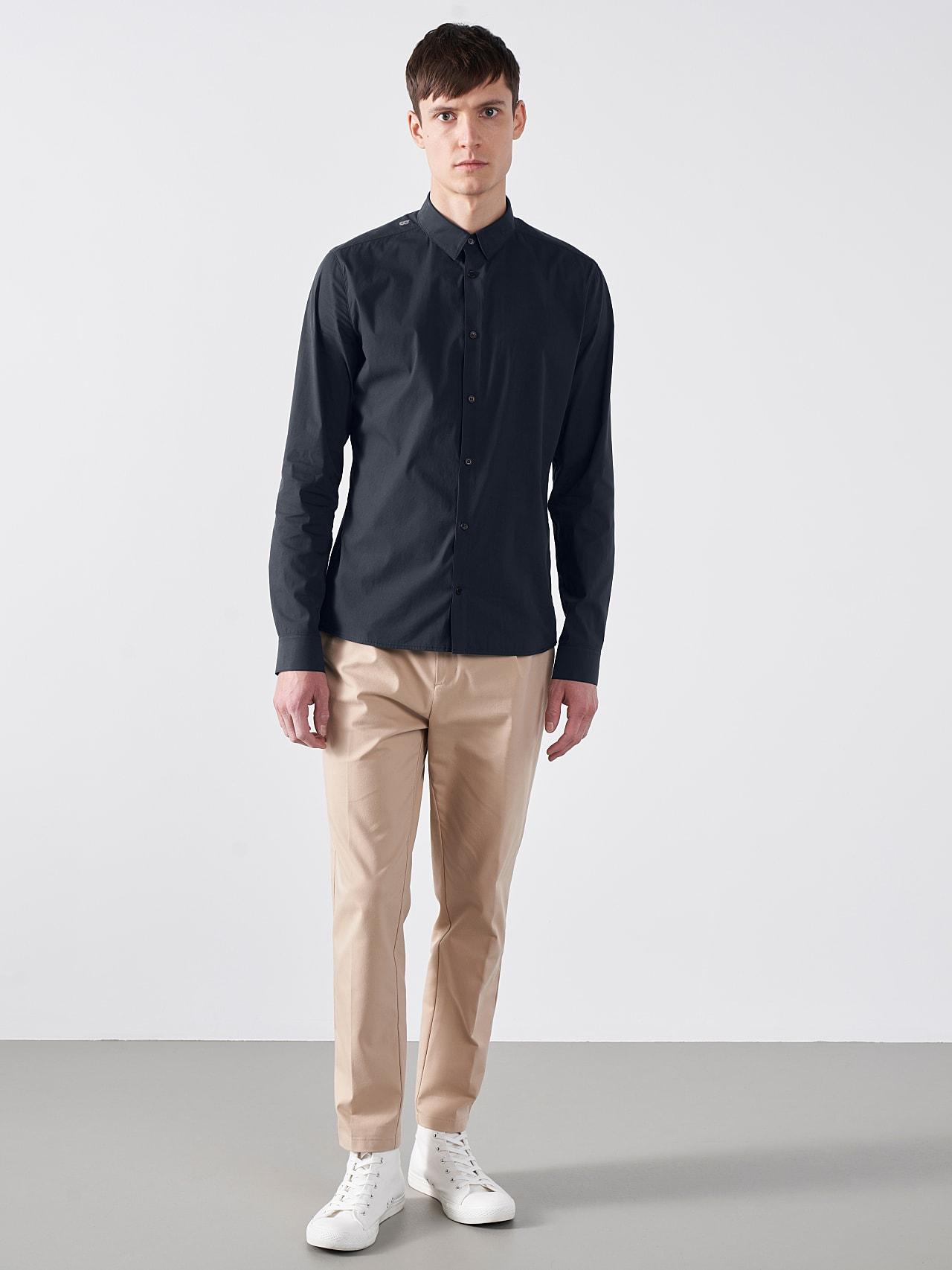 WAARG V1.Y5.01 Cotton-Stretch Shirt navy Front Alpha Tauri