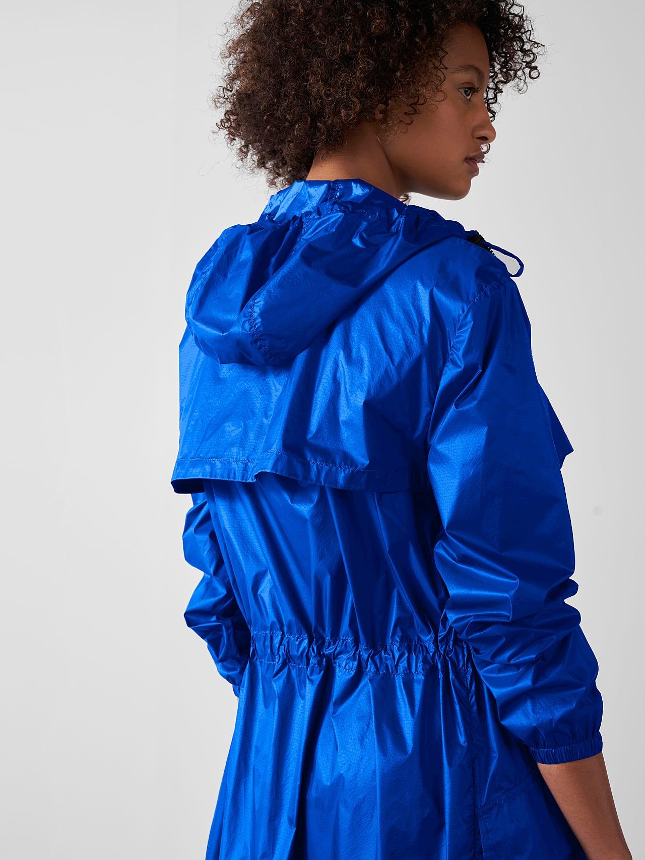 OLONO V2.Y5.01 Packable Windbreaker Coat blue Right Alpha Tauri