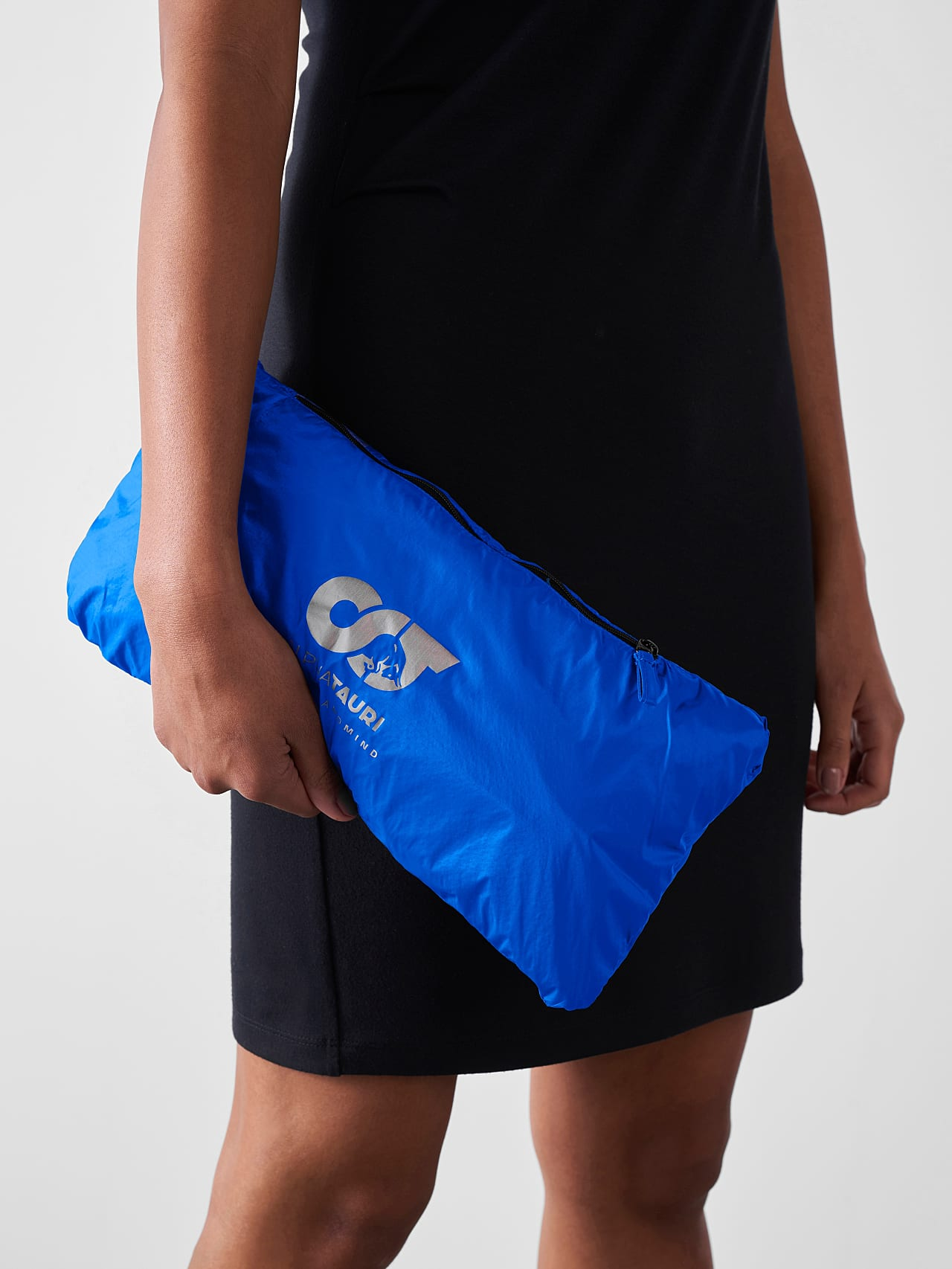 OLONO V2.Y5.01 Packable Windbreaker Coat blue Extra Alpha Tauri