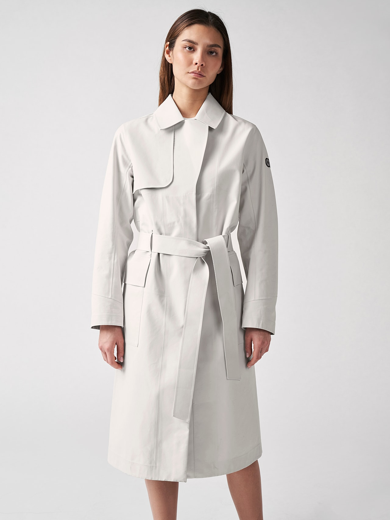 OZENZ V1.Y5.01 Packable Waterproof Trench Beige scene7.view.8.name Alpha Tauri