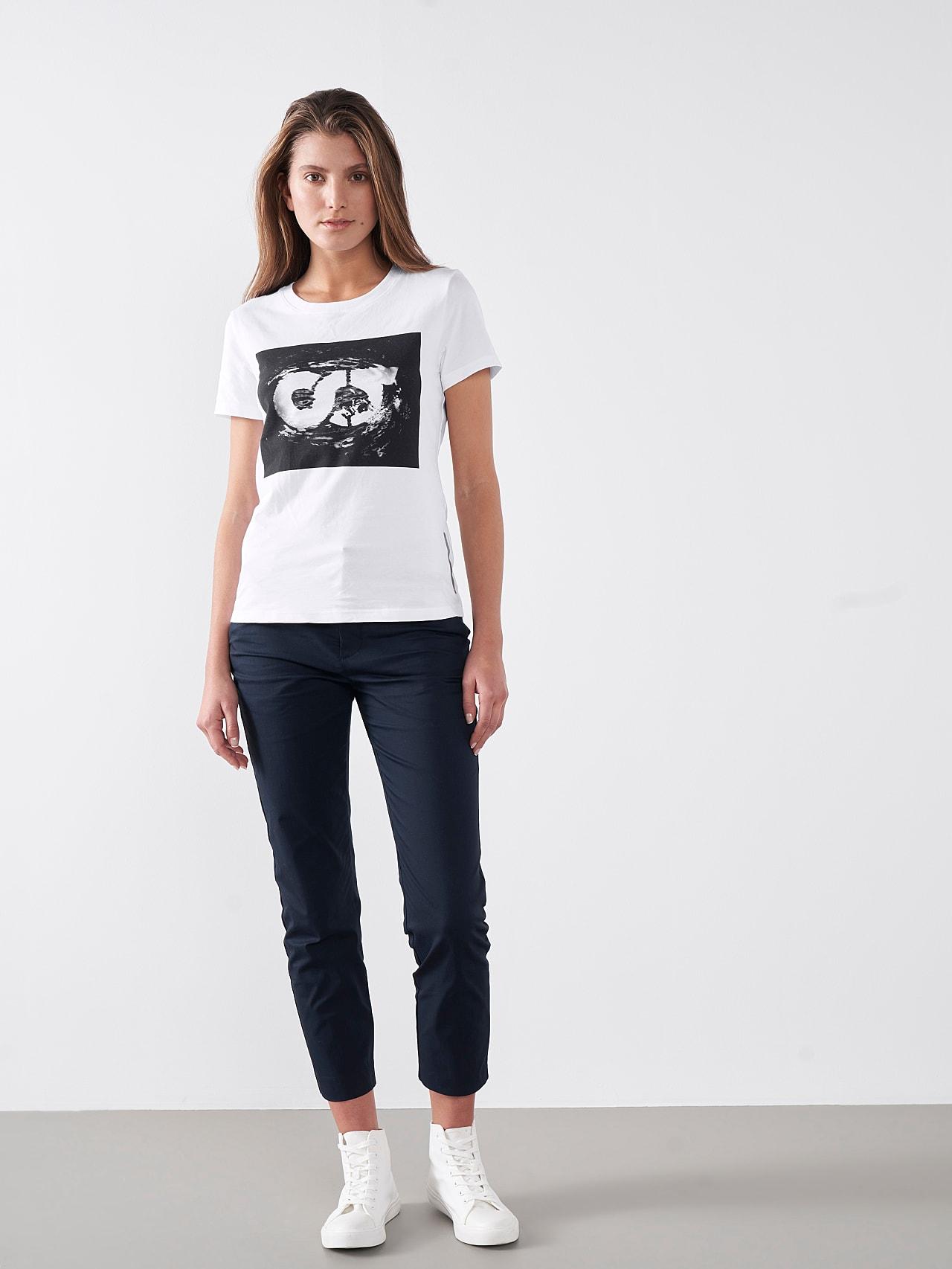 JALP V4.Y5.01 Cotton Logo T-Shirt white Front Alpha Tauri