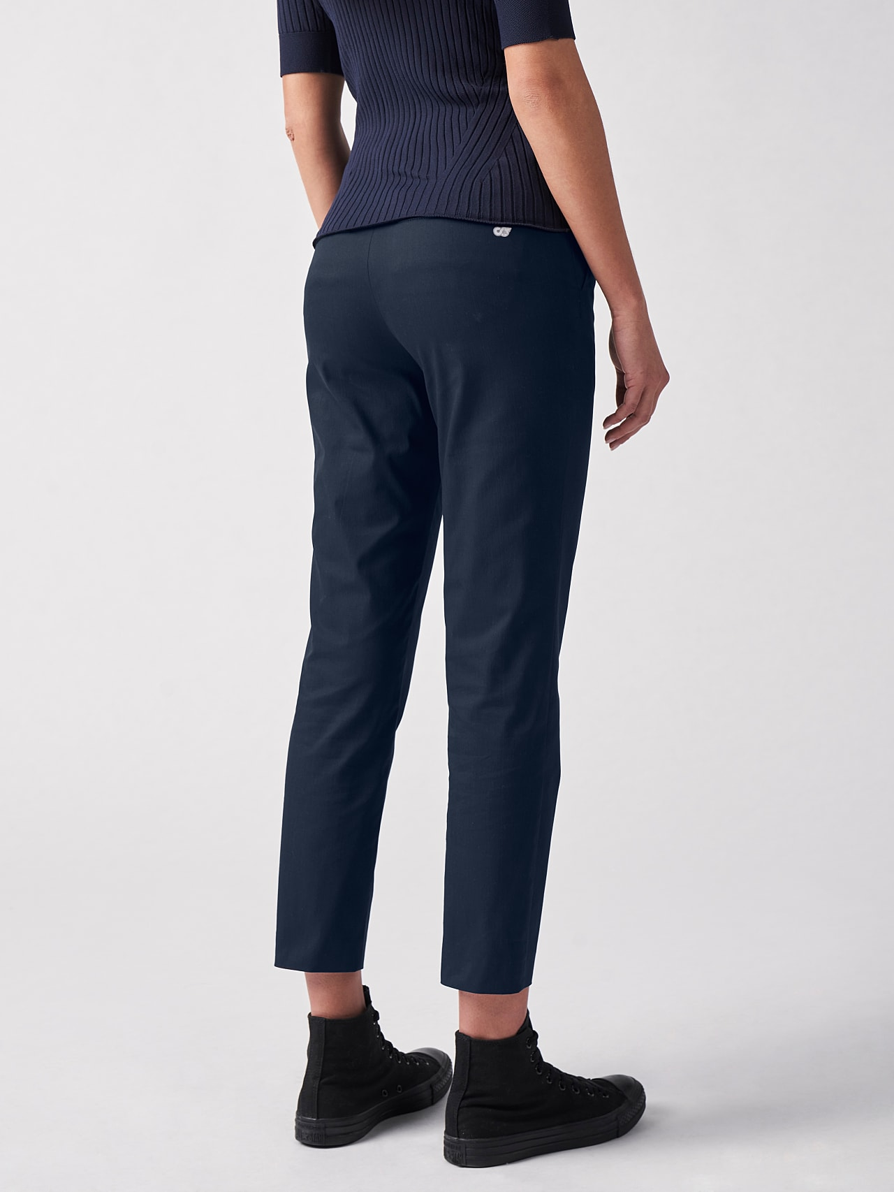 PEPPI V1.Y5.01 Water-Repellent Cotton-Twill Chino navy Front Main Alpha Tauri