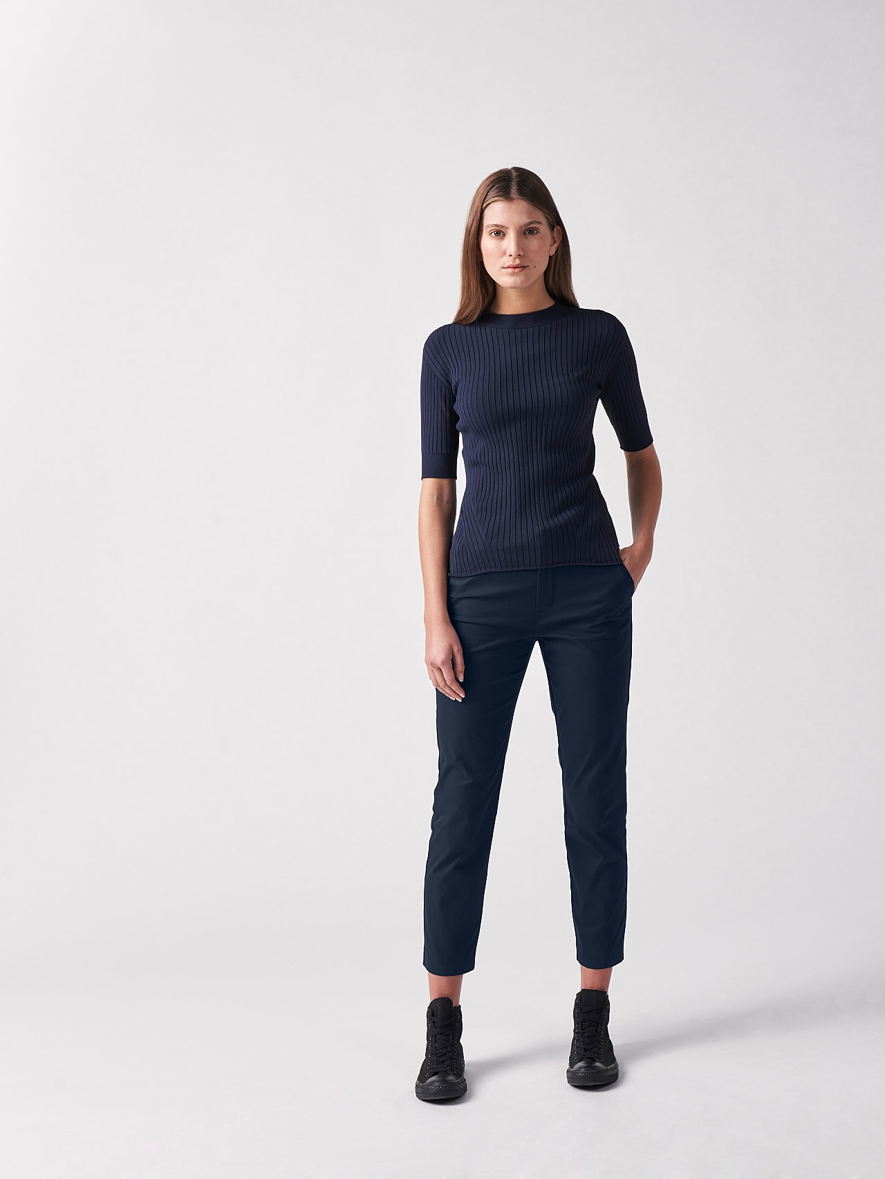 PEPPI V1.Y5.01 Water-Repellent Cotton-Twill Chino navy Front Alpha Tauri