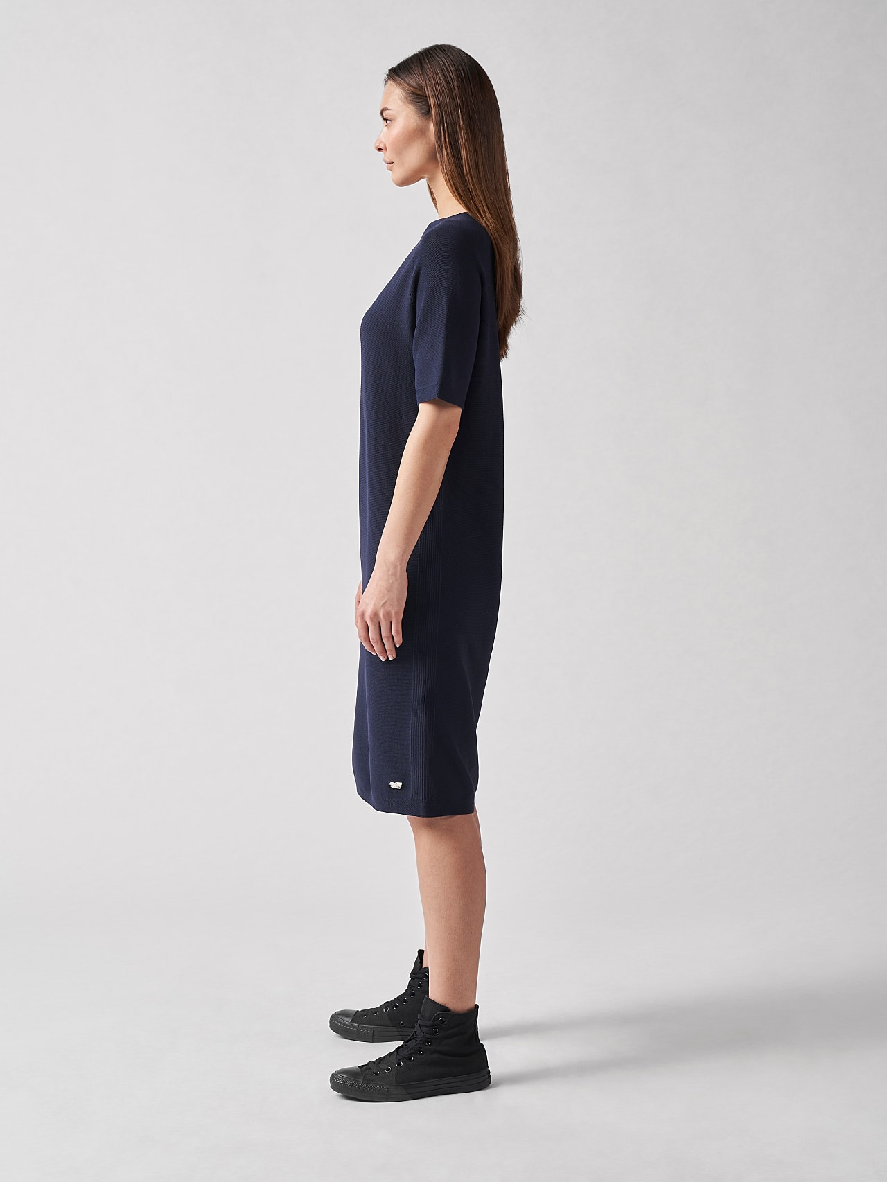 FZORF V1.Y5.01 Seamless Knit Dress navy Front Alpha Tauri