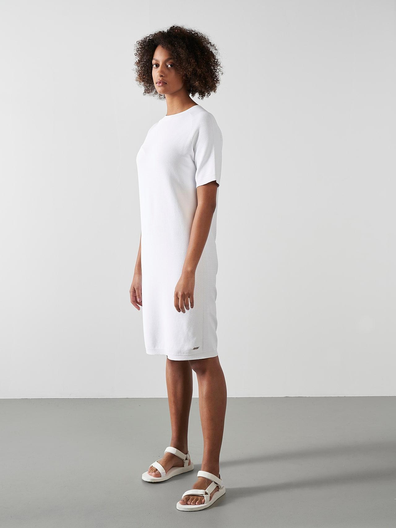 FZORF V1.Y5.01 Seamless Knit Dress white Model shot Alpha Tauri